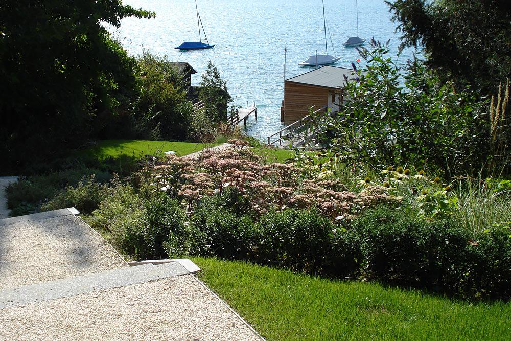 Lakeshore-Residence-landscape-design-3