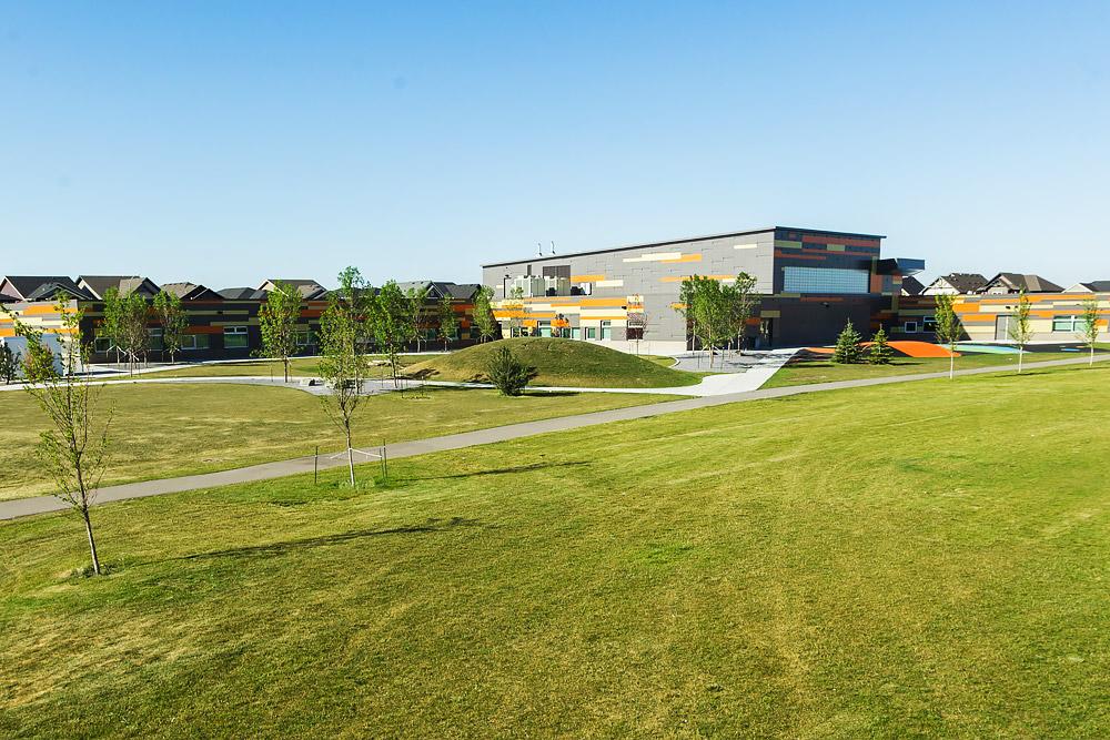 hugh-bennett-school-landscape-design-4